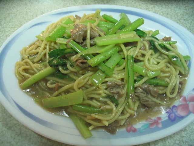Yang rou chao fan 羊肉炒麵